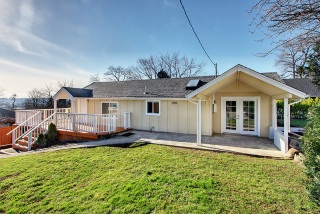 313 Earlington Ave SW Renton, WA 98057