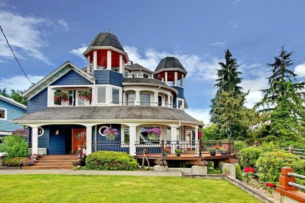5225 SW Forest St Seattle, WA 98116