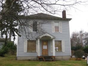 3331 Wetmore: Foreclosure